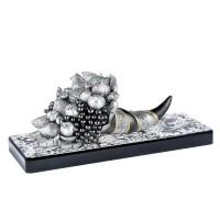 """statua in resina argentata, oro e argento ossidato """"Cornucopia con frutta"""""""